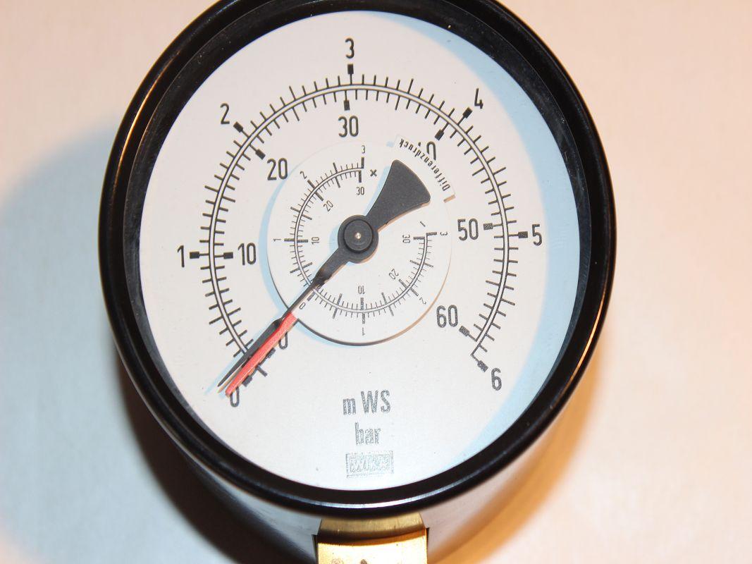 wika differenzdruckluftmanometer manometer druckmanometer 0 6 bar neu 20019. Black Bedroom Furniture Sets. Home Design Ideas